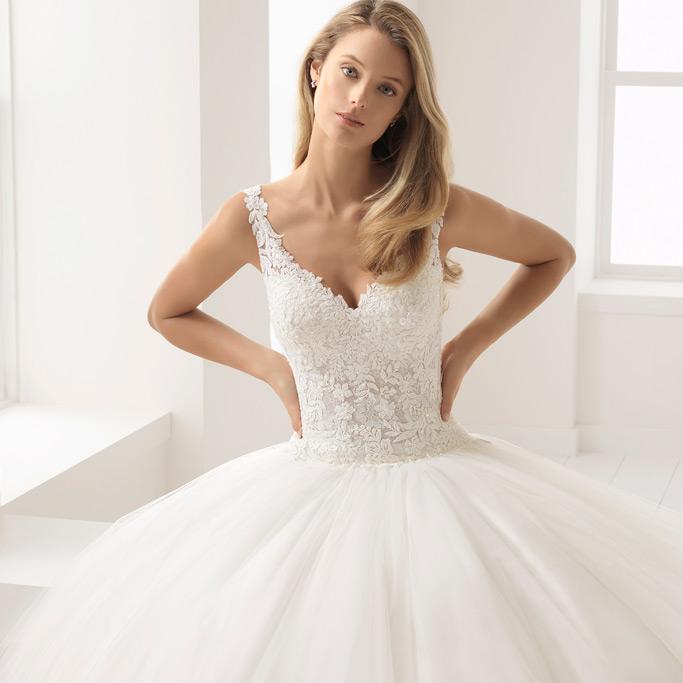 1d24d53bc Tienda de vestidos de novia en Valencia - CásateConmigo